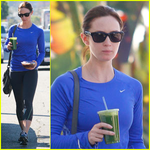 emily-blunt-smoothie